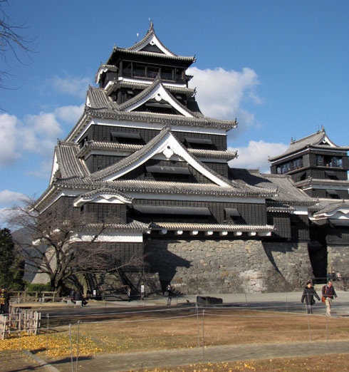 Kumamoto_Castle_late_fall