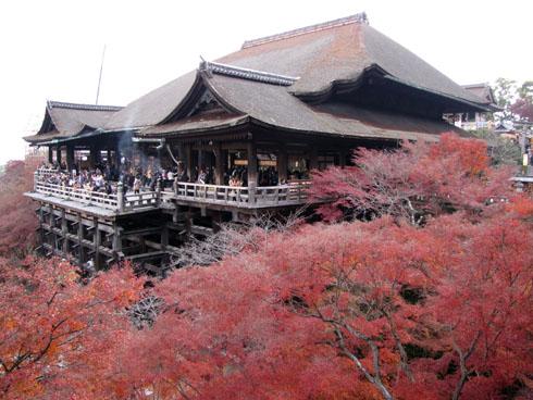 at_Kiyomizu_shrine