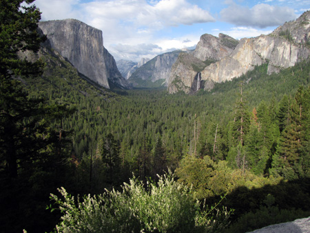 yosemite_valley_from_tunnel_overlook