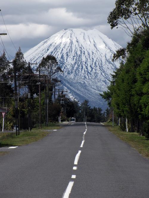 road_to_mount_doom